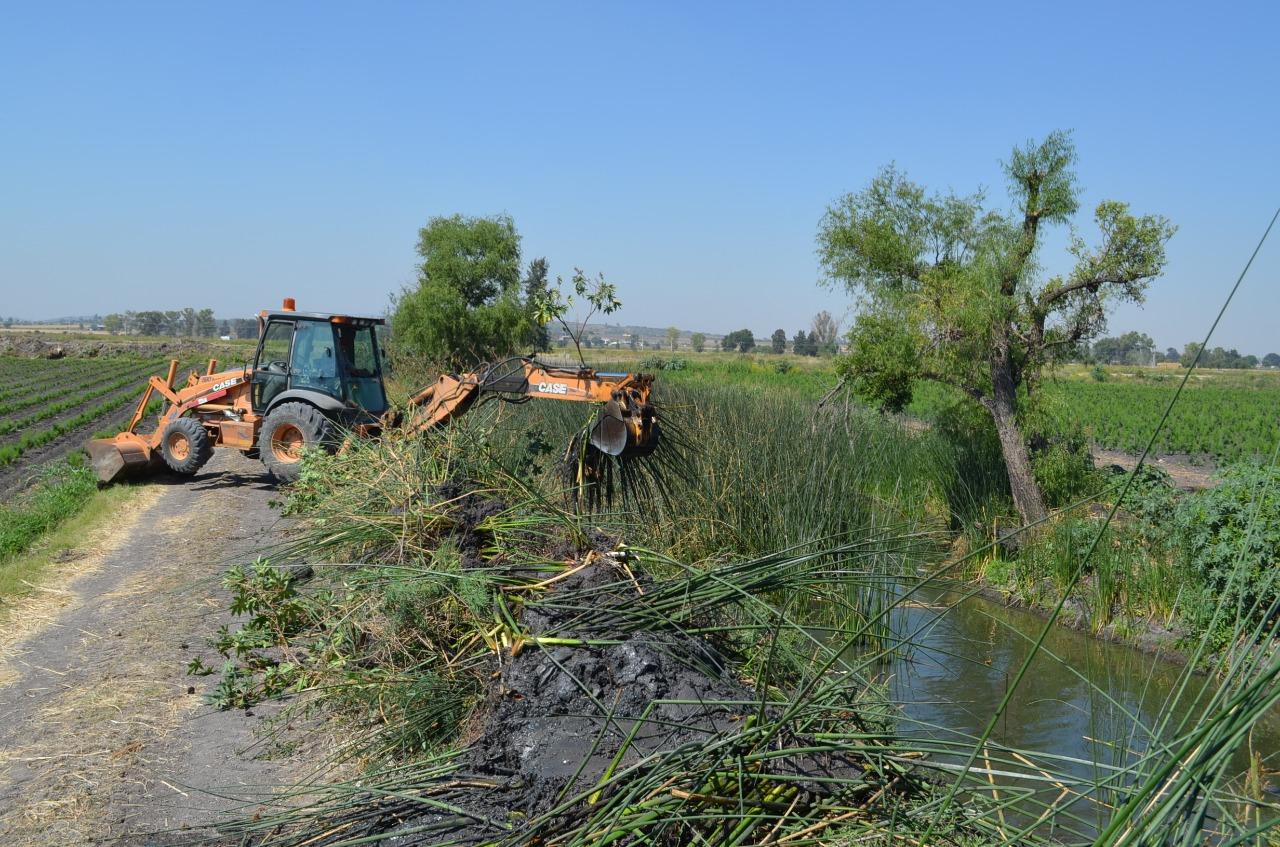 Limpia JAPAMI 7 kilómetros de ríos y canales, en previsión a tiempo de lluvias