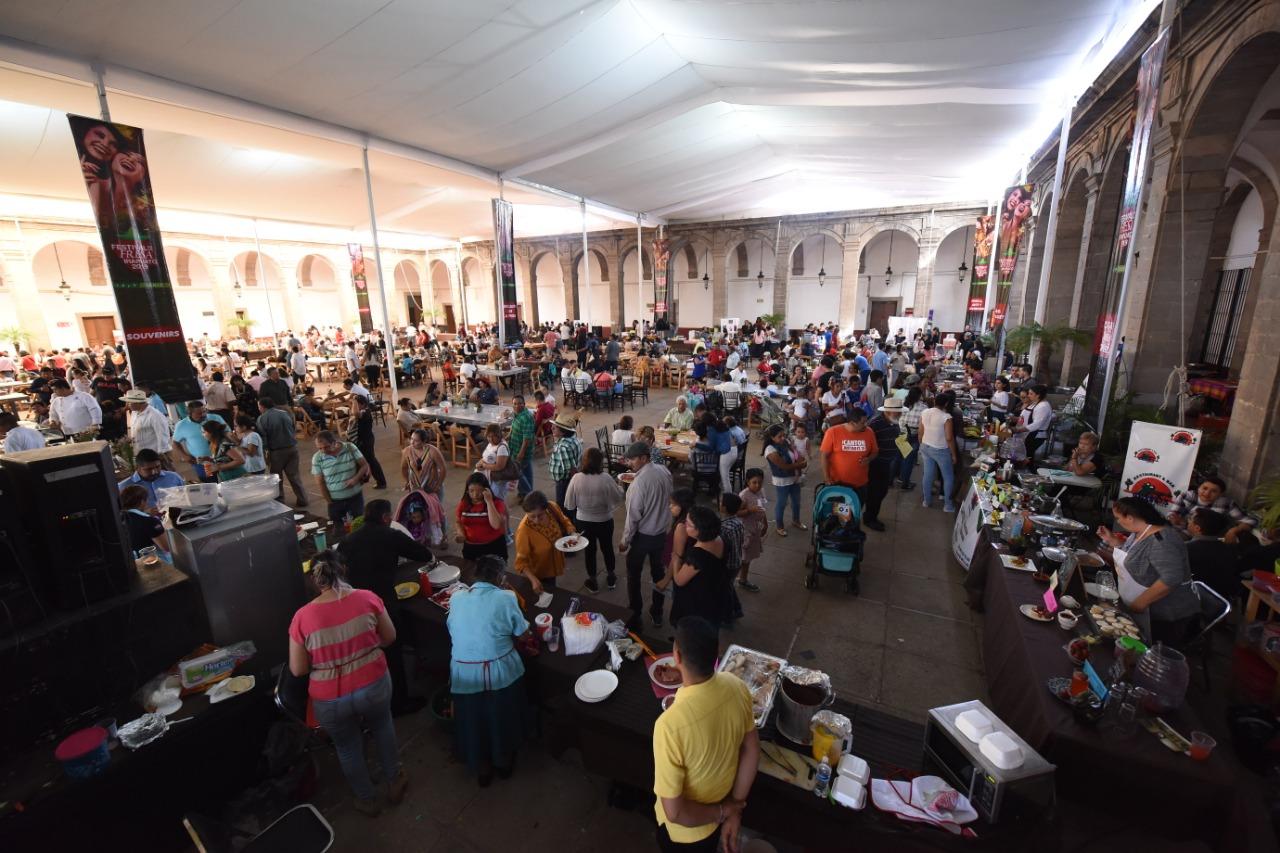 Participaron 10 mil asistentes en festival de la Fresa 2019