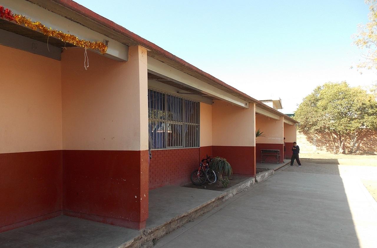 Más de 230 escuelas recibieron mantenimiento preventivo ante lluvias: SEG Suroeste