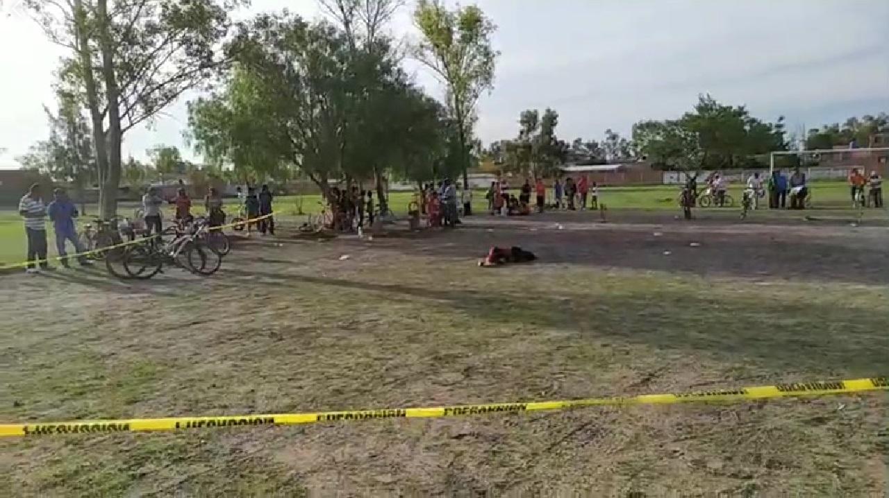 Sigue violencia en Guanajuato: asesinan a jugador en pleno partido de fútbol