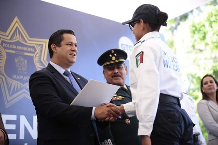 Pese a ola de violencia y asesinatos, Gobernador Diego Sinhue evade hablar de inseguridad… otra vez