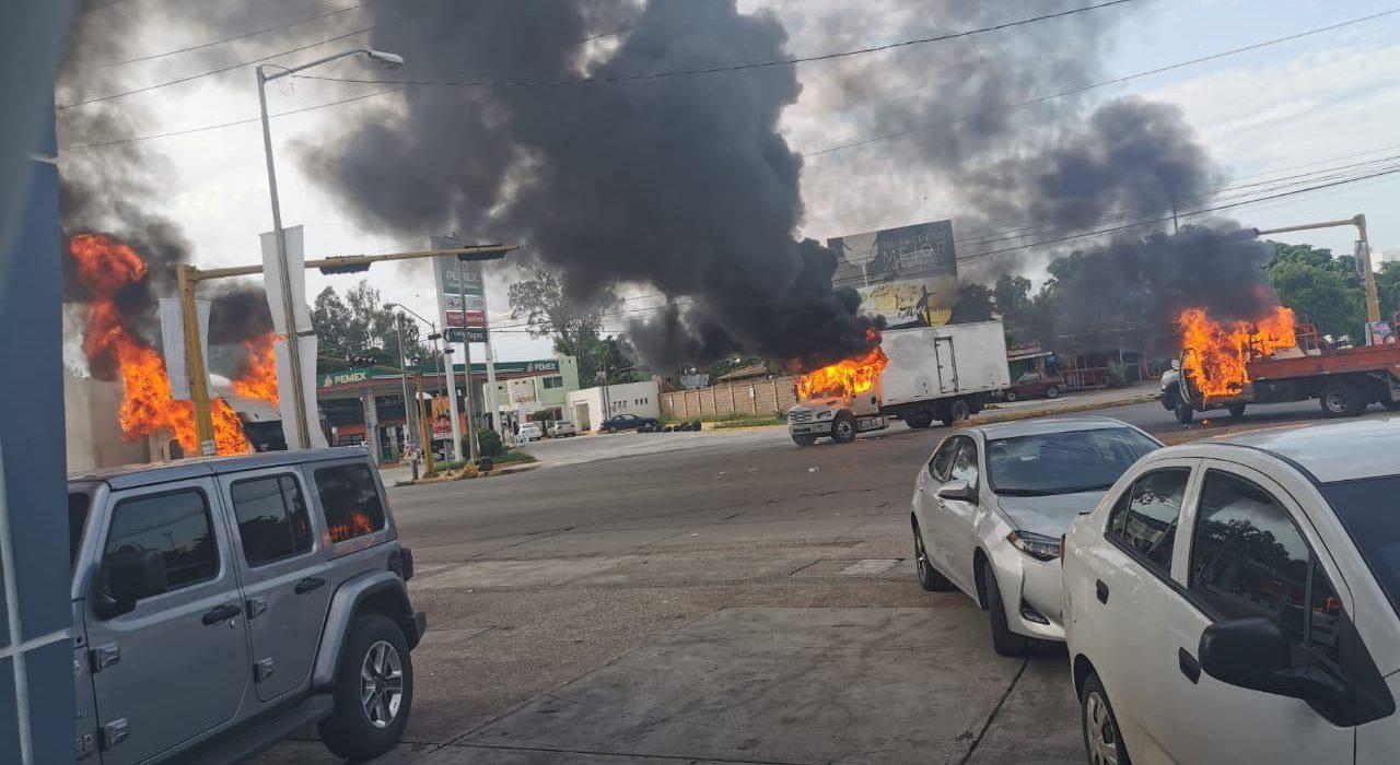 """Tras balaceras y para """"evitar violencia"""", gobierno federal deja ir al hijo del """"Chapo"""" Guzmán en Culiacán"""
