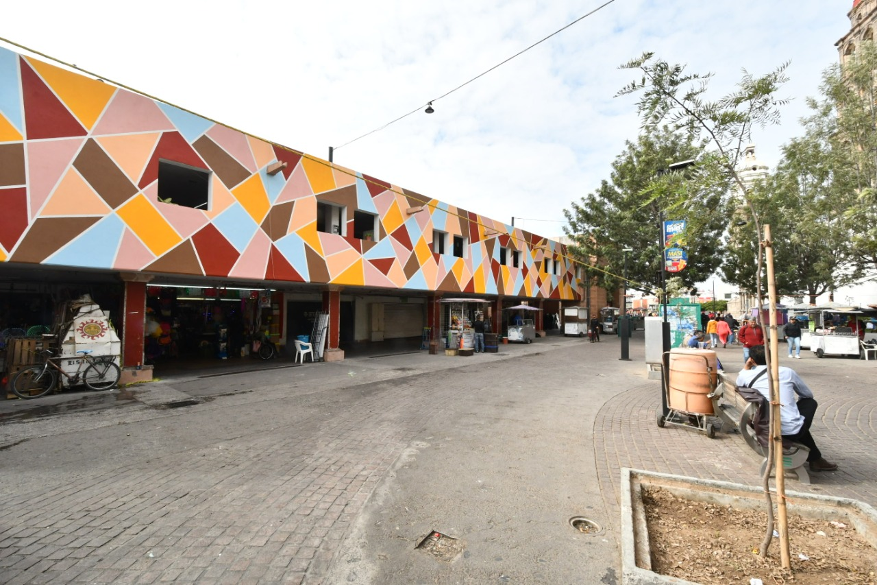 Renovación de fachada del Mercado Hidalgo concluirá en diciembre