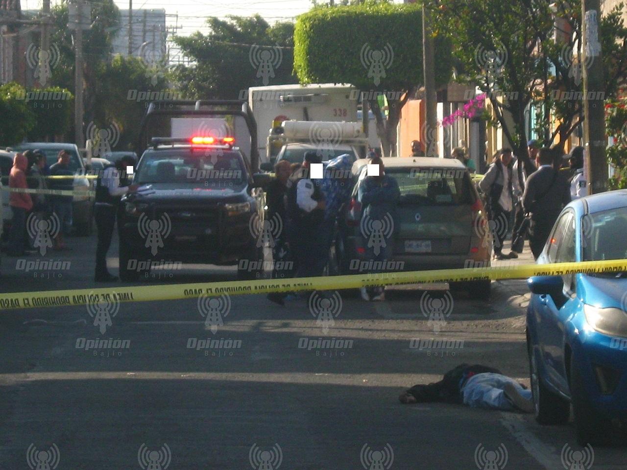 Asesinan a hombre a balazos y encuentran cadáver de mujer encobijada
