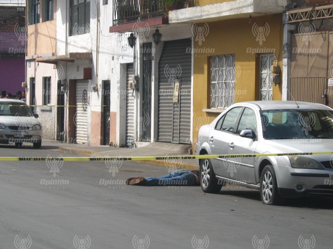"""Matan a balazos a hombre en calle Bolívar; encuentran """"encostalado"""" en zona sur"""