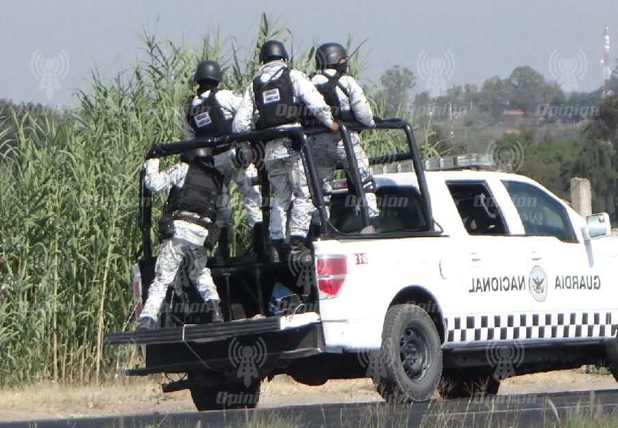 Reportan persecución y enfrentamiento de fuerzas estatales y federales con sujetos armados