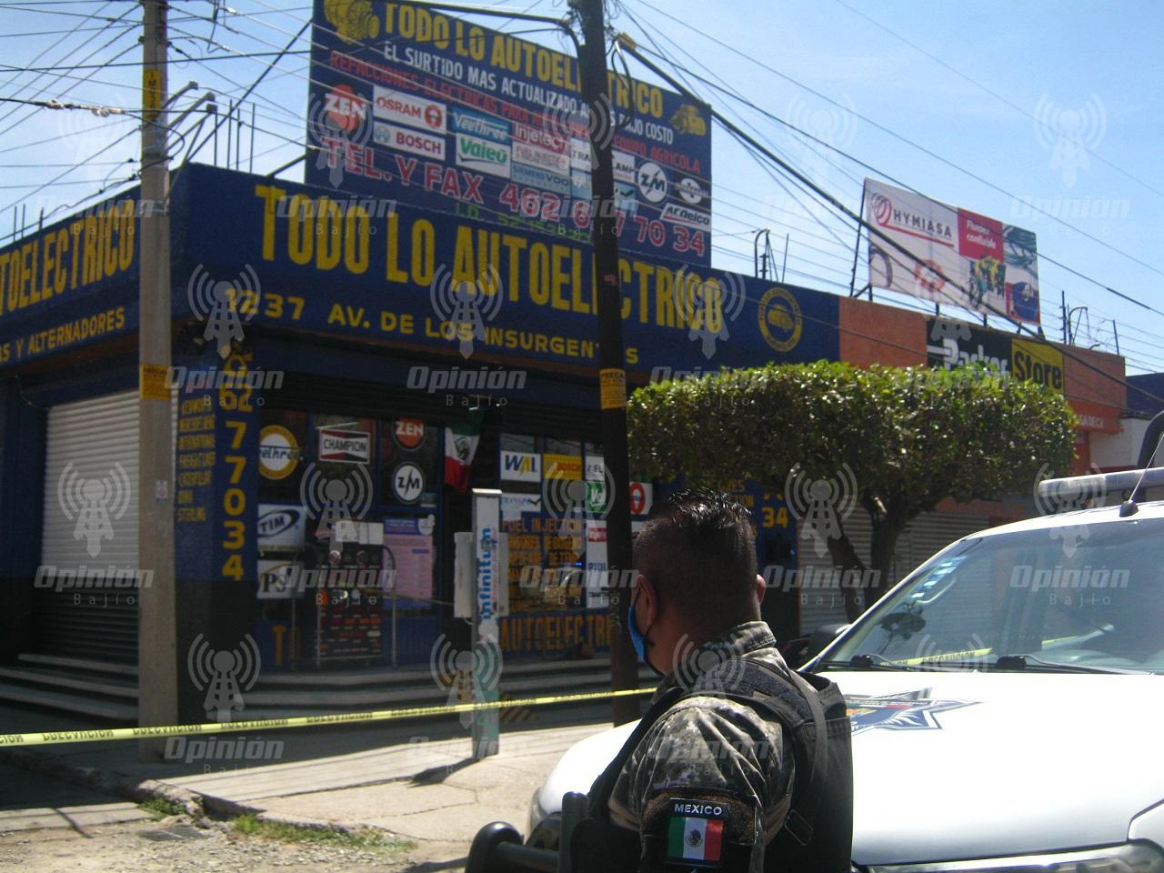 Ataque armado en refaccionaria: un muerto