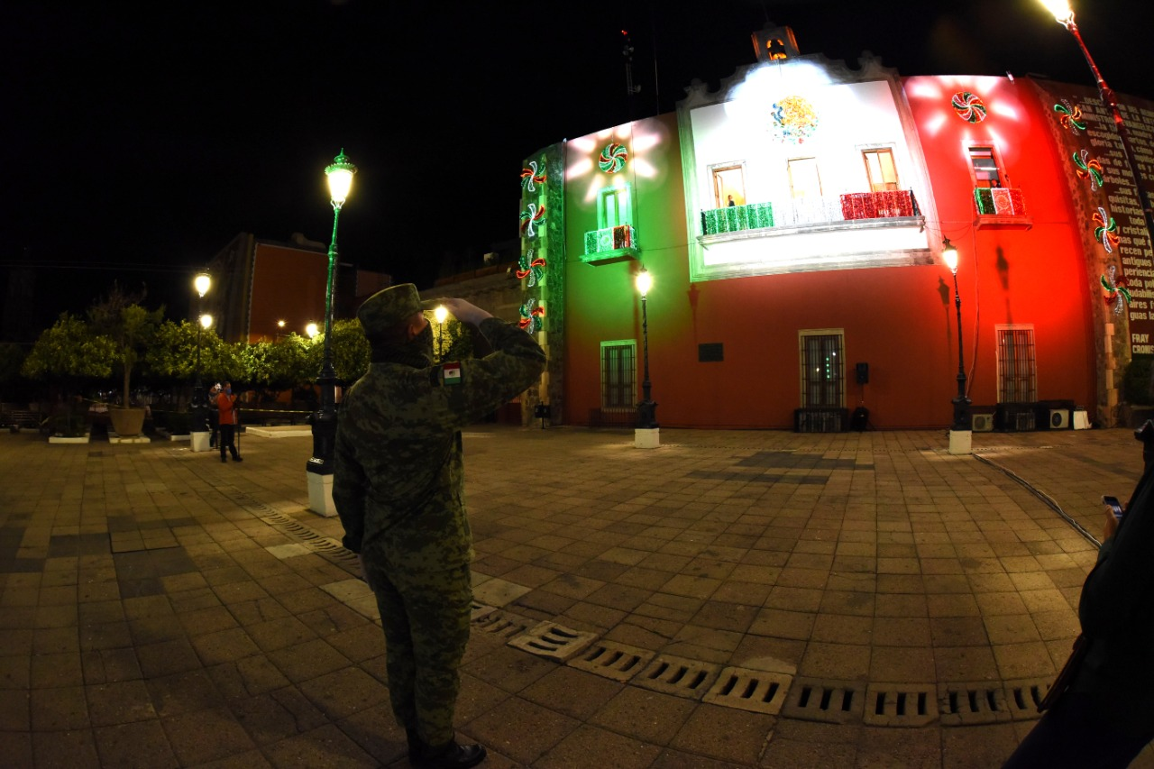En una ceremonia histórica, sin asistentes, conmemoran inicio de Independencia en Irapuato