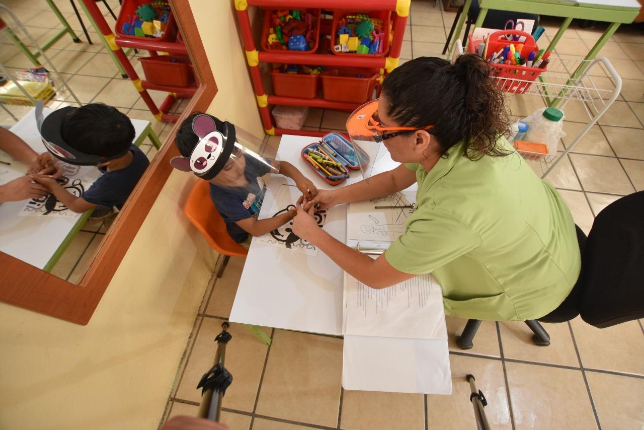 Destaca INGUDIS trabajo coordinado del DIF Irapuato con organizaciones civiles