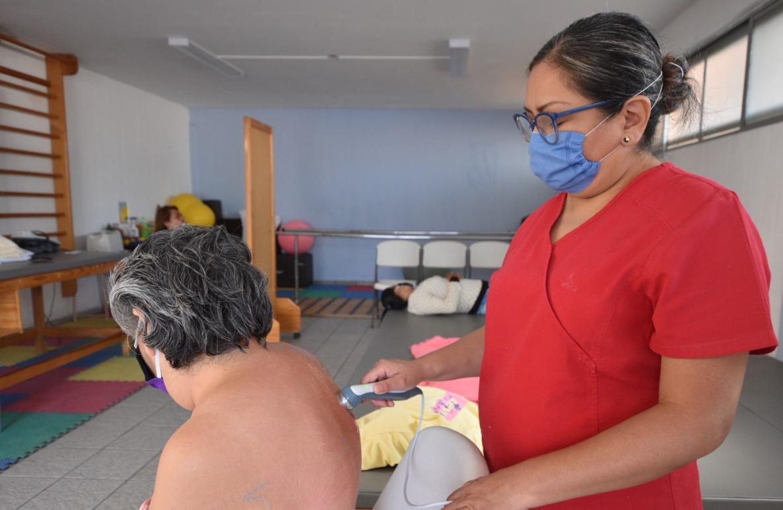 Atiende DIF Irapuato a 2 mil 500 personas con programas de rehabilitación