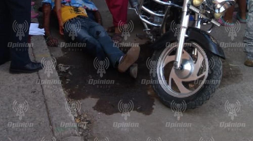 Asesinan a balazos a un motociclista