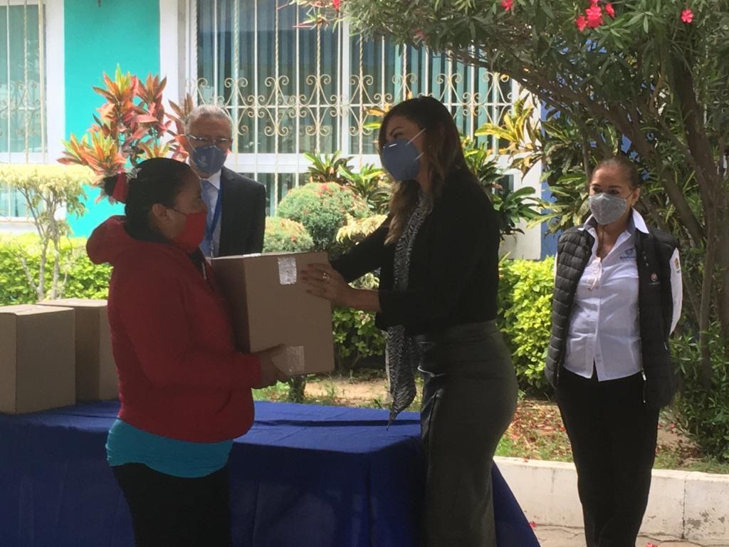 Entrega DIF Irapuato 10 mil despensas a 2 mil 500 familias