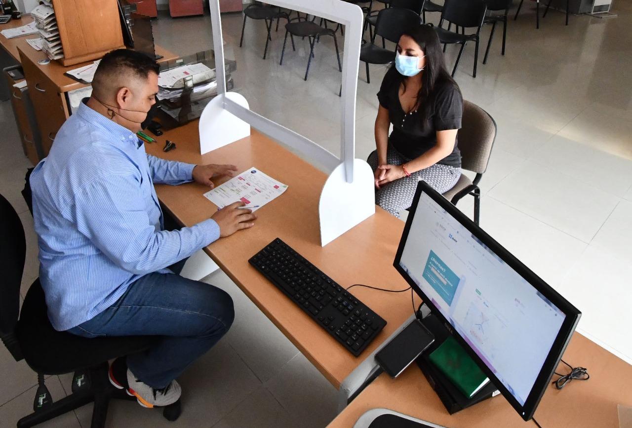 Agilizan procesamiento de solicitudes de apoyos sociales en Irapuato
