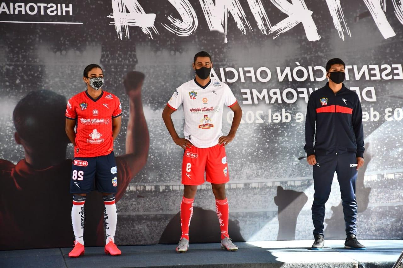 Presentan nueva playera del equipo Irapuato