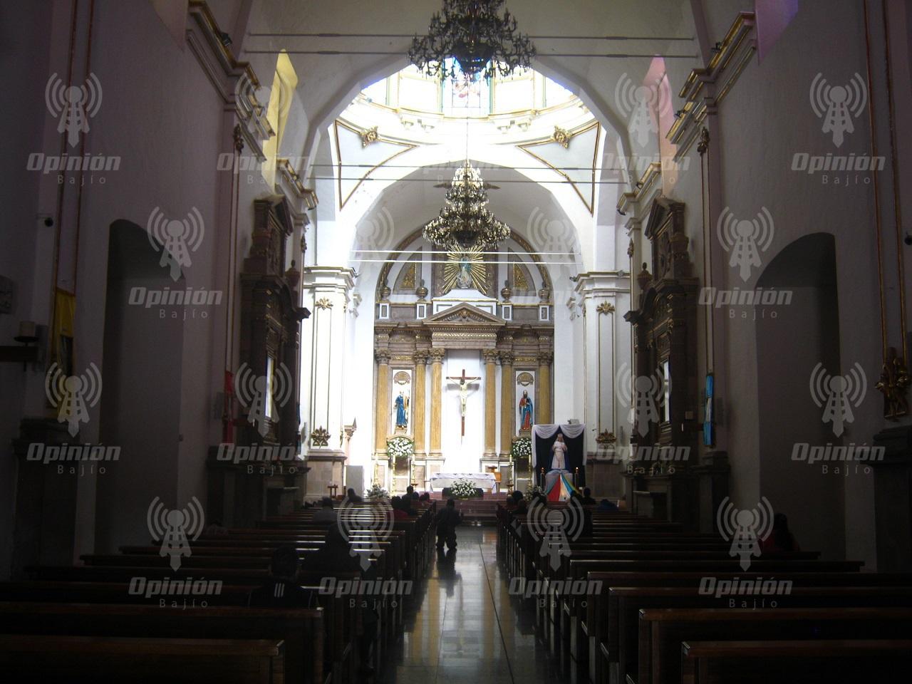 Recomienda Diócesis de Irapuato a párrocos, mantener asistencia de sólo 30% de capacidad en templos