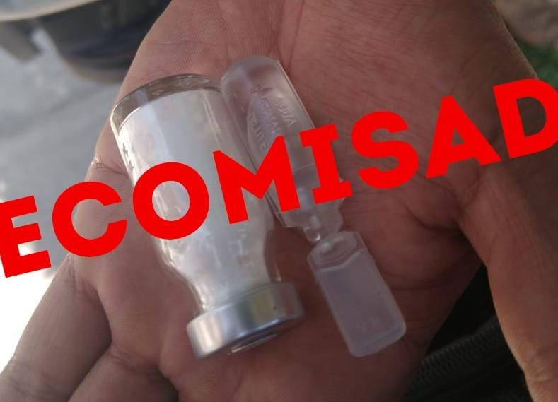 Arresta Policía a sujeto que presuntamente vendía vacunas contra COVID