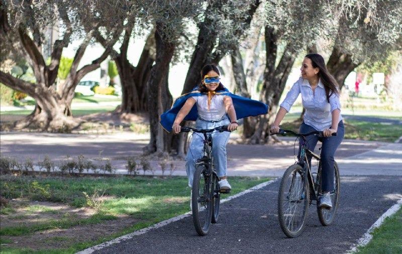 Reforzará Lorena Alfaro instituciones que atienden a niñas y niños; creará más parques lineales