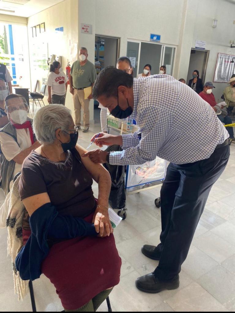 Se amplía todo el fin de semana jornada de vacunación anticovid; llegan dosis a más municipios