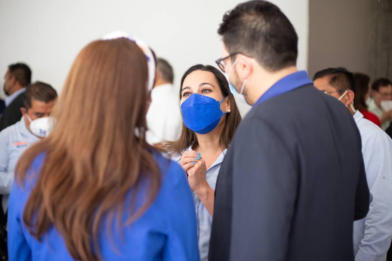 Acuerdan Lorena Alfaro y sector médico mejorar infraestructura de salud en Irapuato