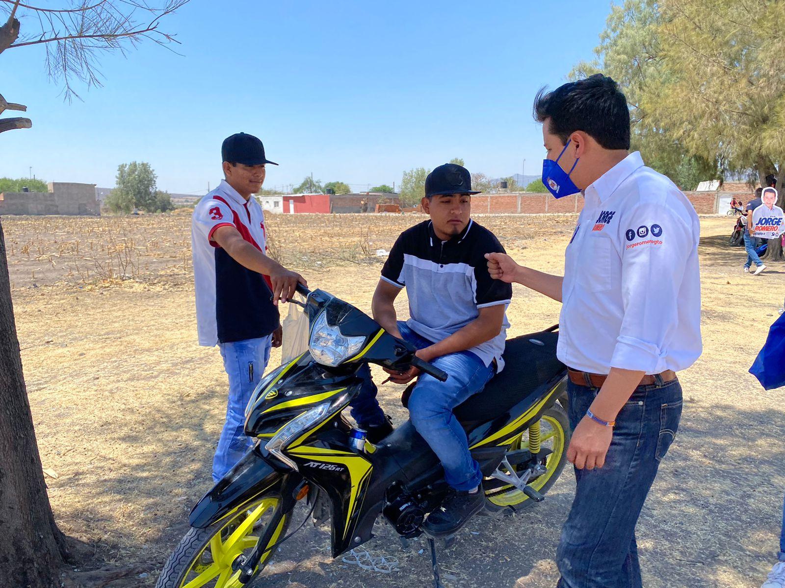 Promoverá Jorge Romero Ley de Primer Empleo para jóvenes