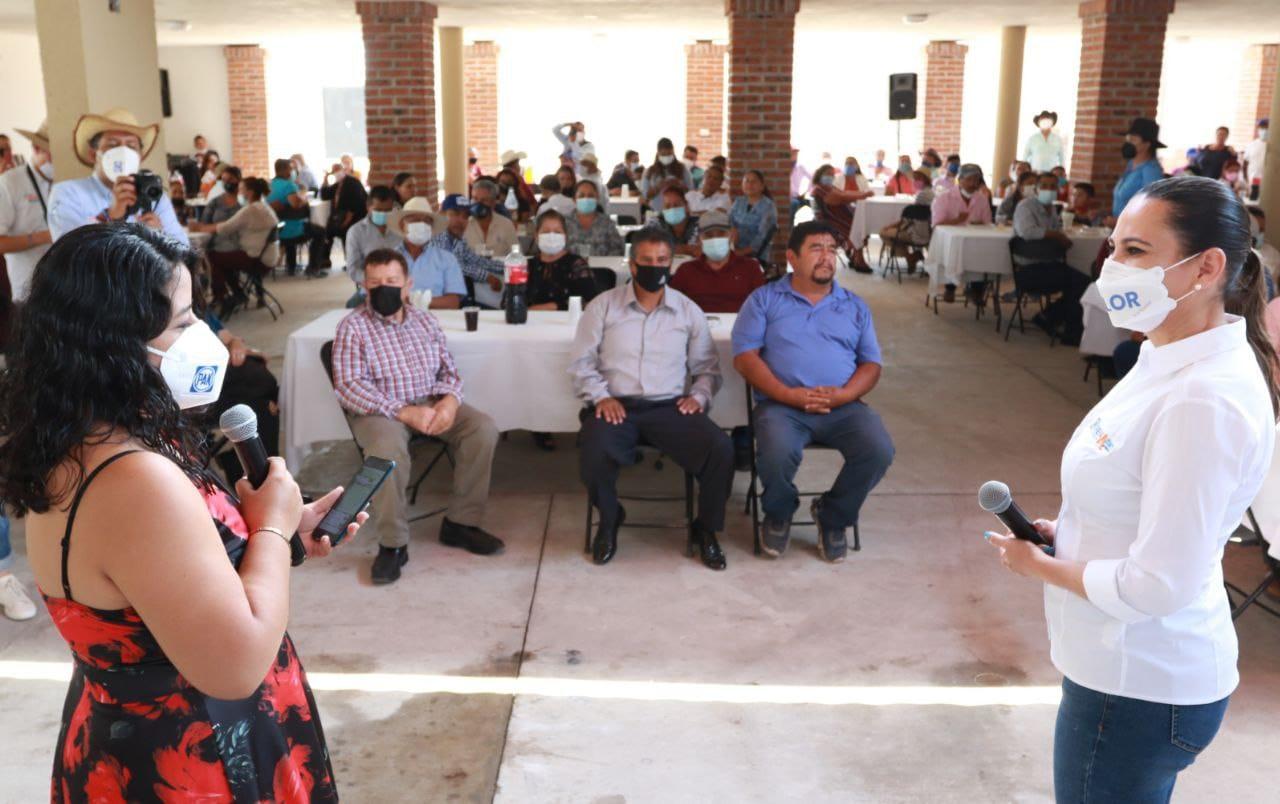 Se suman delegados rurales a proyecto de Lorena Alfaro