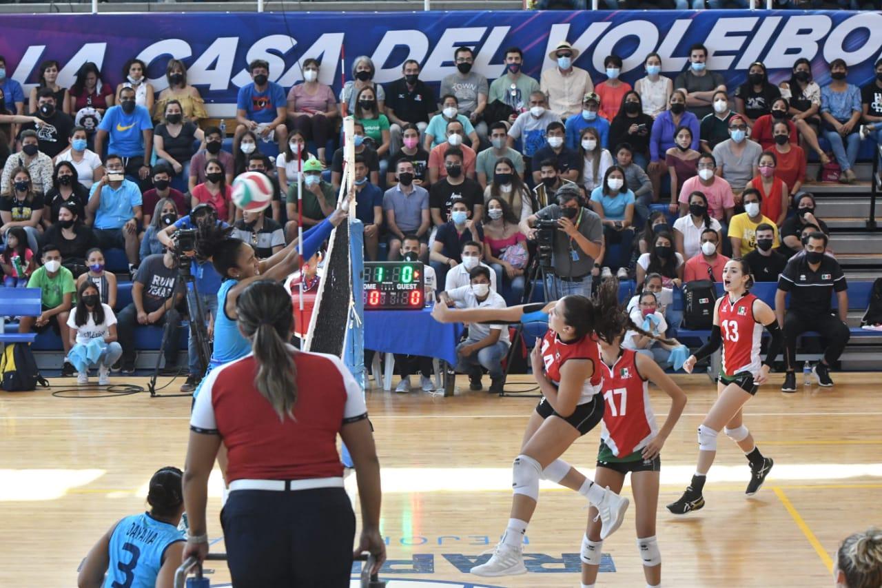 Apoyaron irapuatenses a selección mexicana de Voleibol