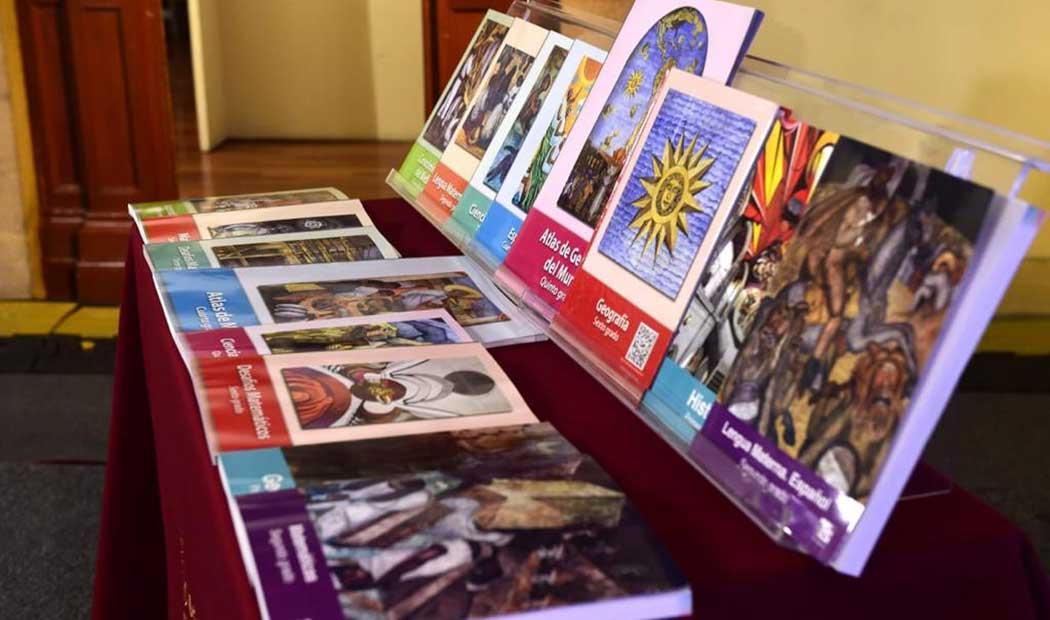 Rechazan libros de texto rediseñados por la SEP; tienen contenido ideológico y político a favor de MORENA