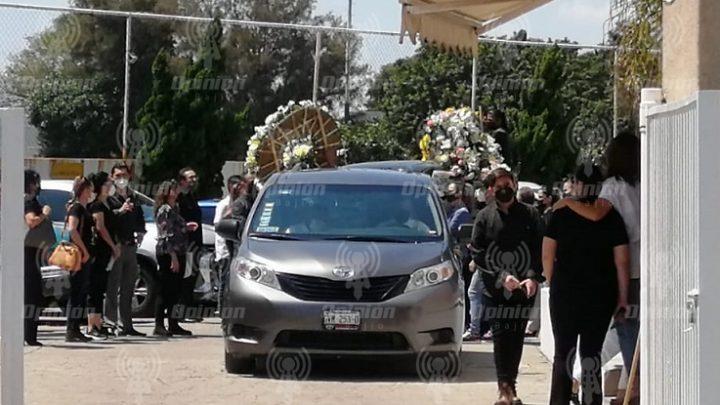 Triste despedida a Mauricio Romero, asesinado con explosivos; crece miedo entre salmantinos