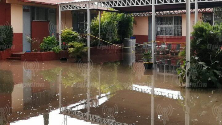 Reportan autoridades daños en escuelas de al menos 4 municipios en la región por inundaciones