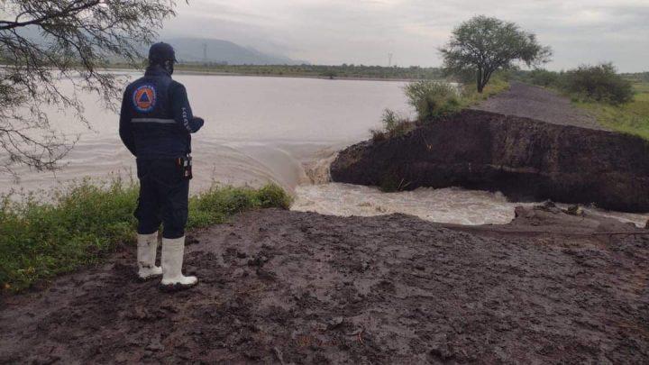 """Se fractura borde de presa """"El Pochote""""; podría afectar a comunidades"""