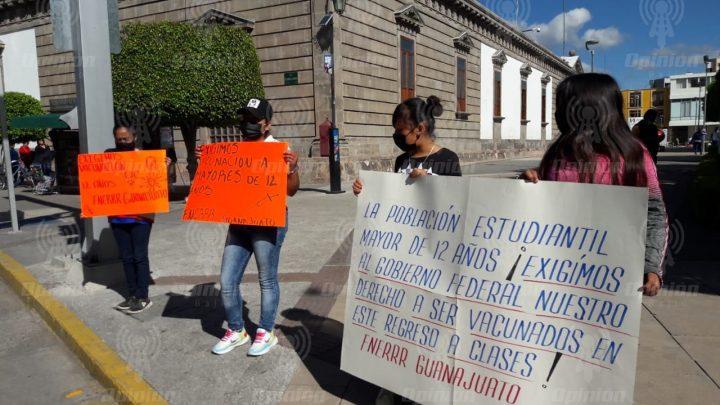 Exige FNERRR Guanajuato vacunación para estudiantes de 12 años en adelante