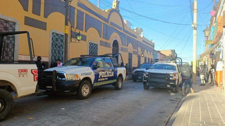 Drogas en barandilla y patrullas abandonadas por sus tripulantes, detectan en policía de Juventino Rosas